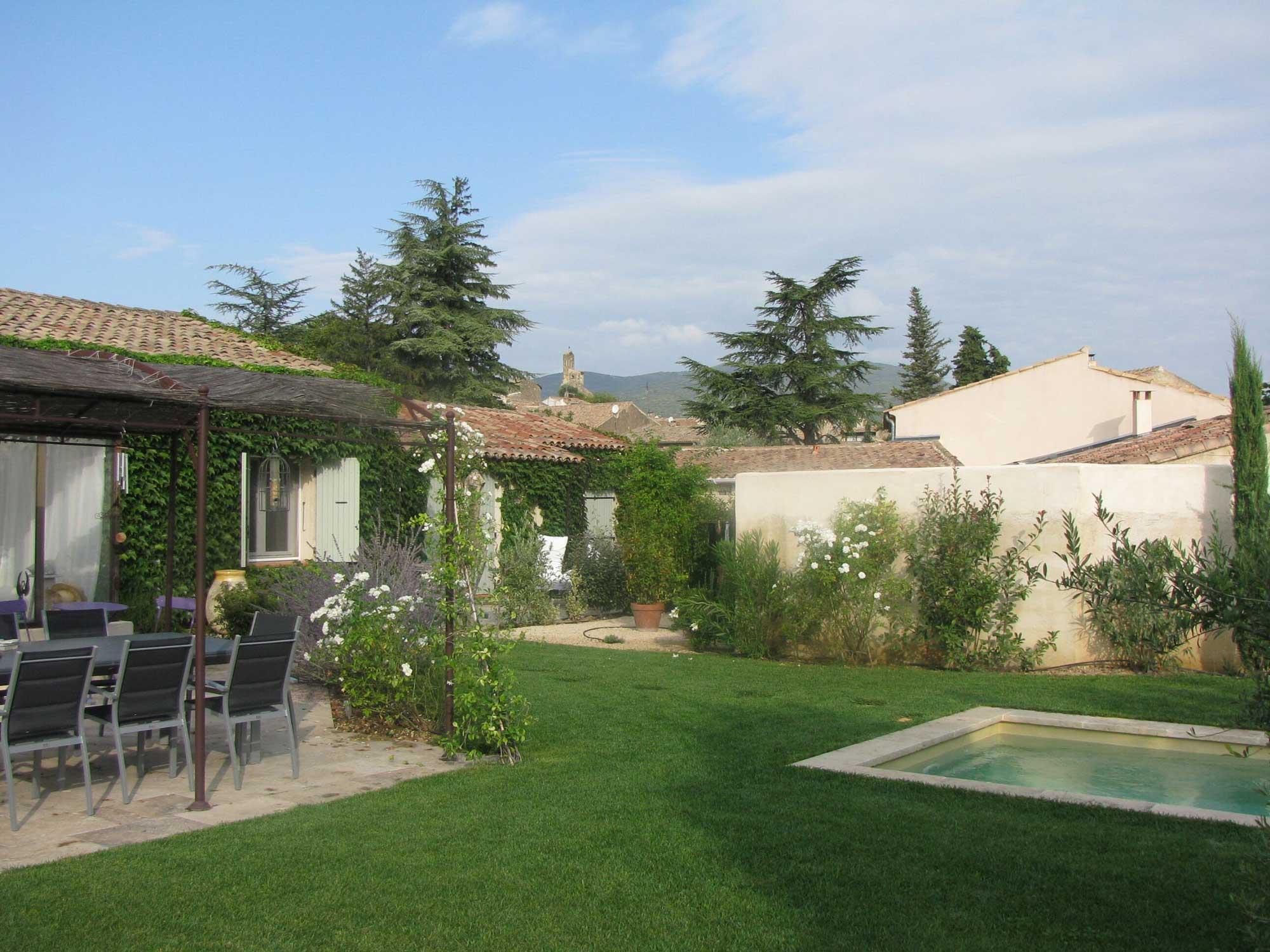 Jardin de la maison d'hôtes Le Chat Sur Le Toit (3)